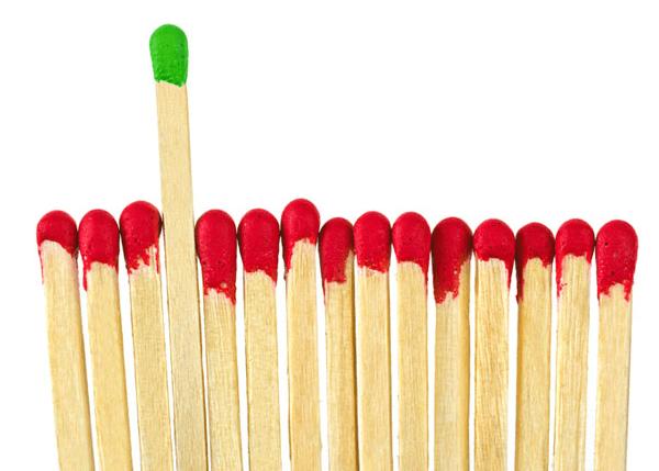 Kako lahko vizualizirate različno barvo vžigalice med meditacijo